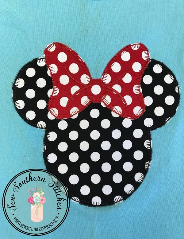 Miss Mouse Head With Bow Applique Design ~ Button Hole Finish